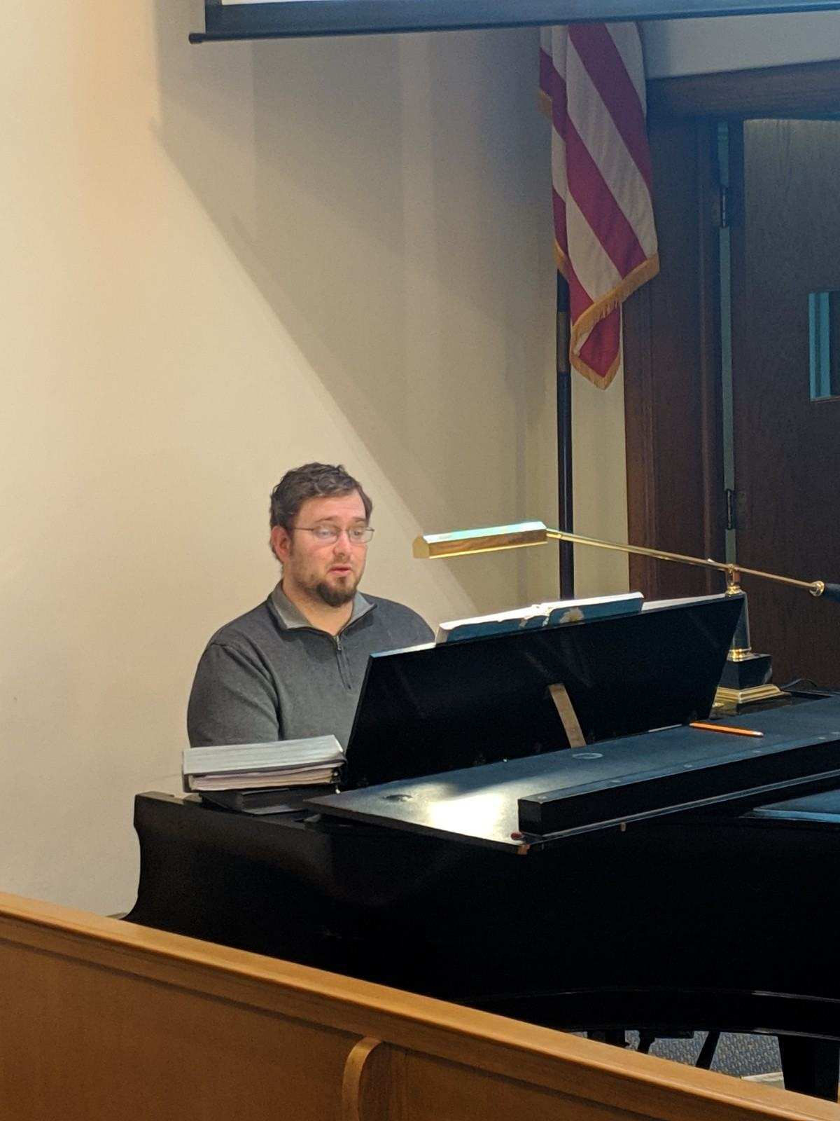 Dave Hartley on Piano.jpg