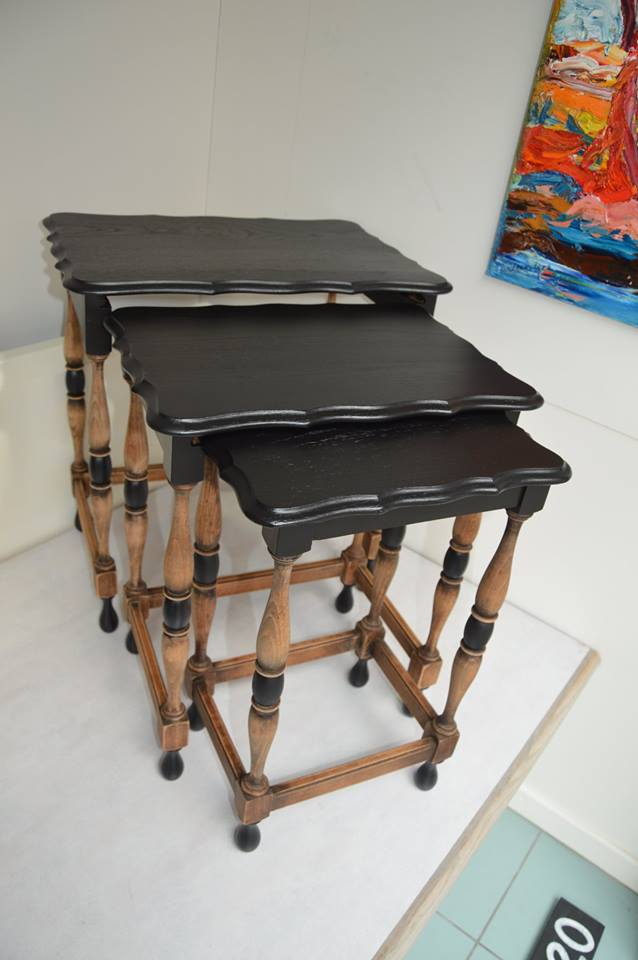 3 tafeltjes zwart.jpg