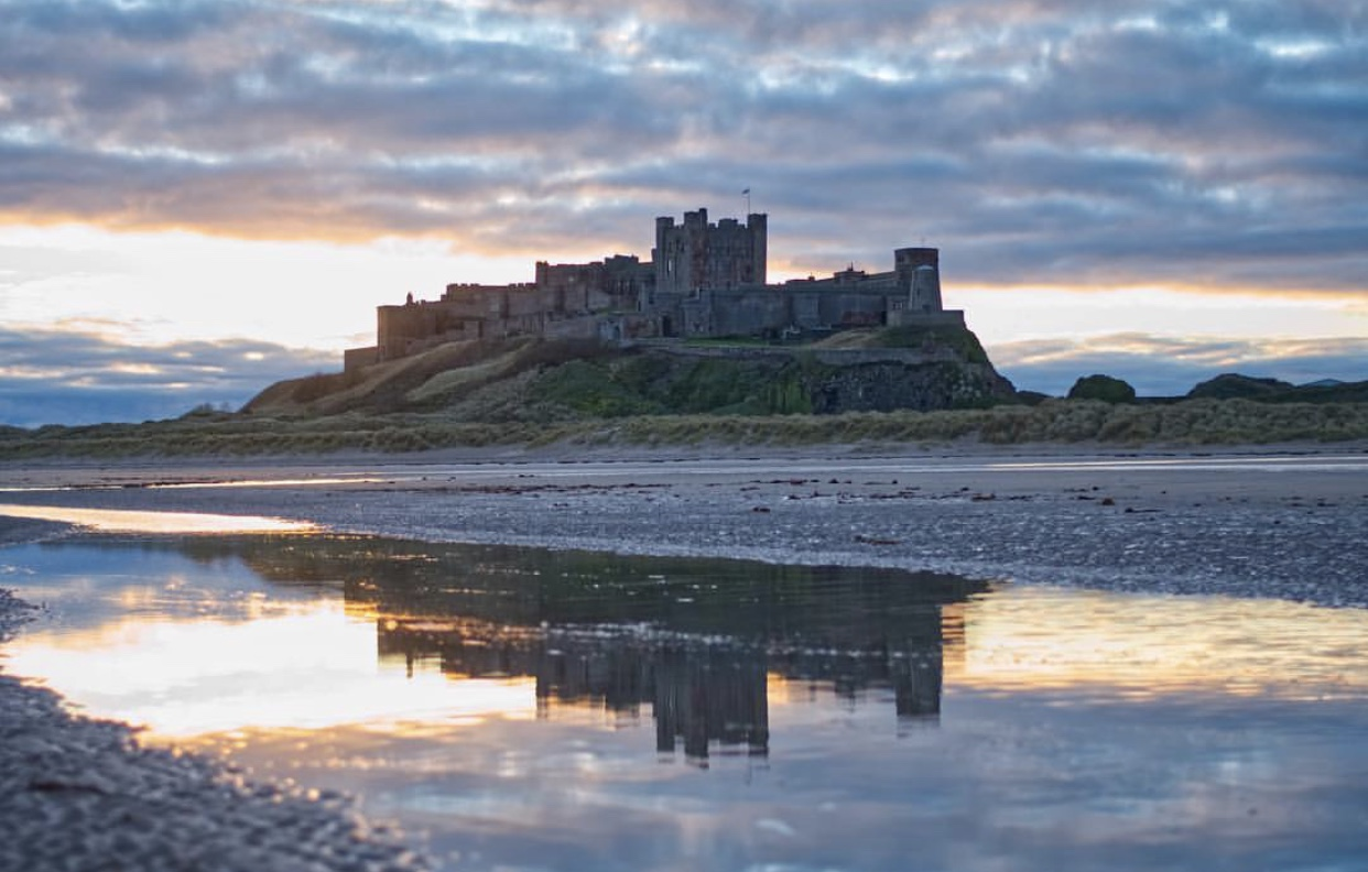 Bamburgh castle (20 Miles) - Each year Bamburgh Castle thrills, enthrals and captivates many thousands of visitors from across the globe with its incredible history, dramatic views and treasure-trove collection of unique pieces which tell the story of Bamburgh's many reincarnations over the centuries.