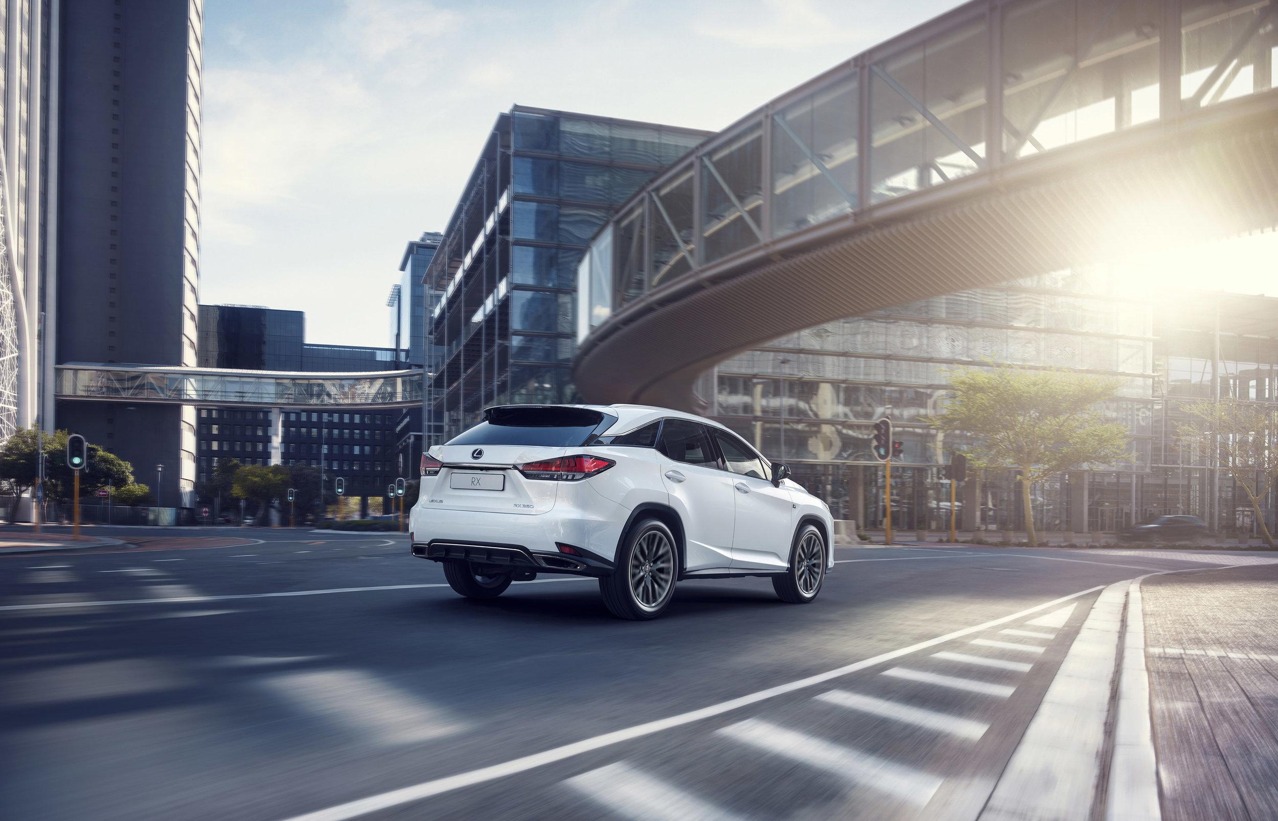 IMAGE_2019 Lexus RX international image shown (002).jpg