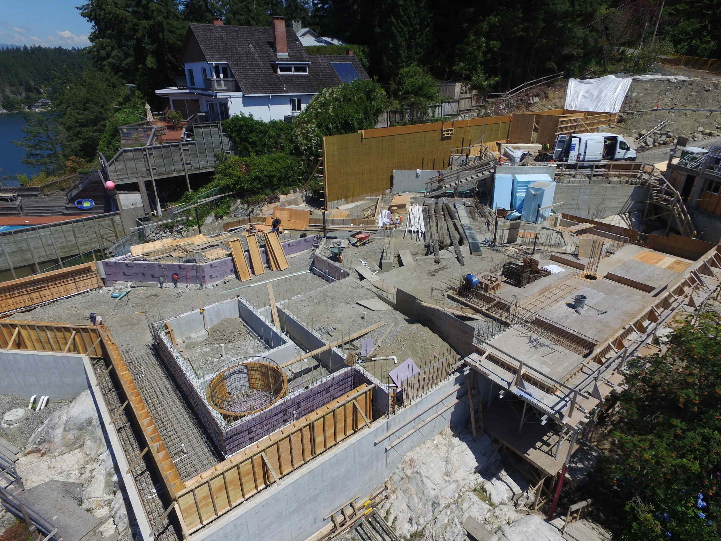 Postle_Construction_ConcreteForming2.jpg