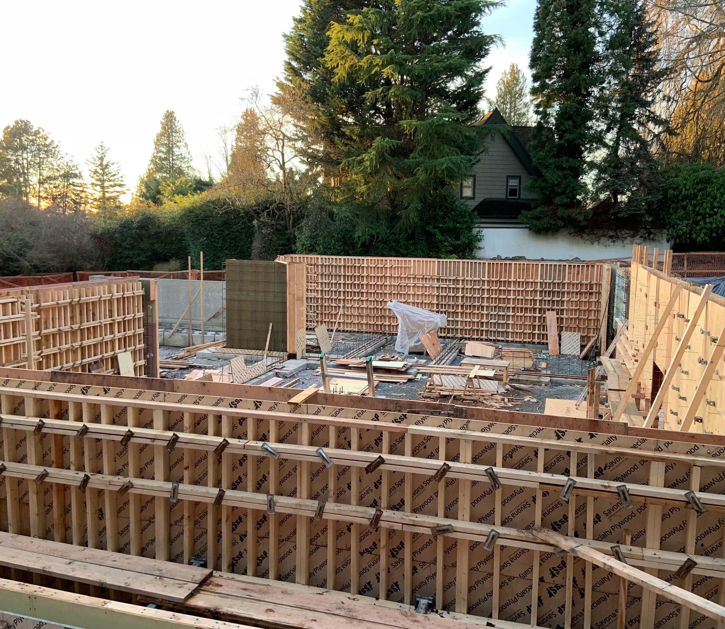 Postle_Construction_ConcreteForming5.jpg