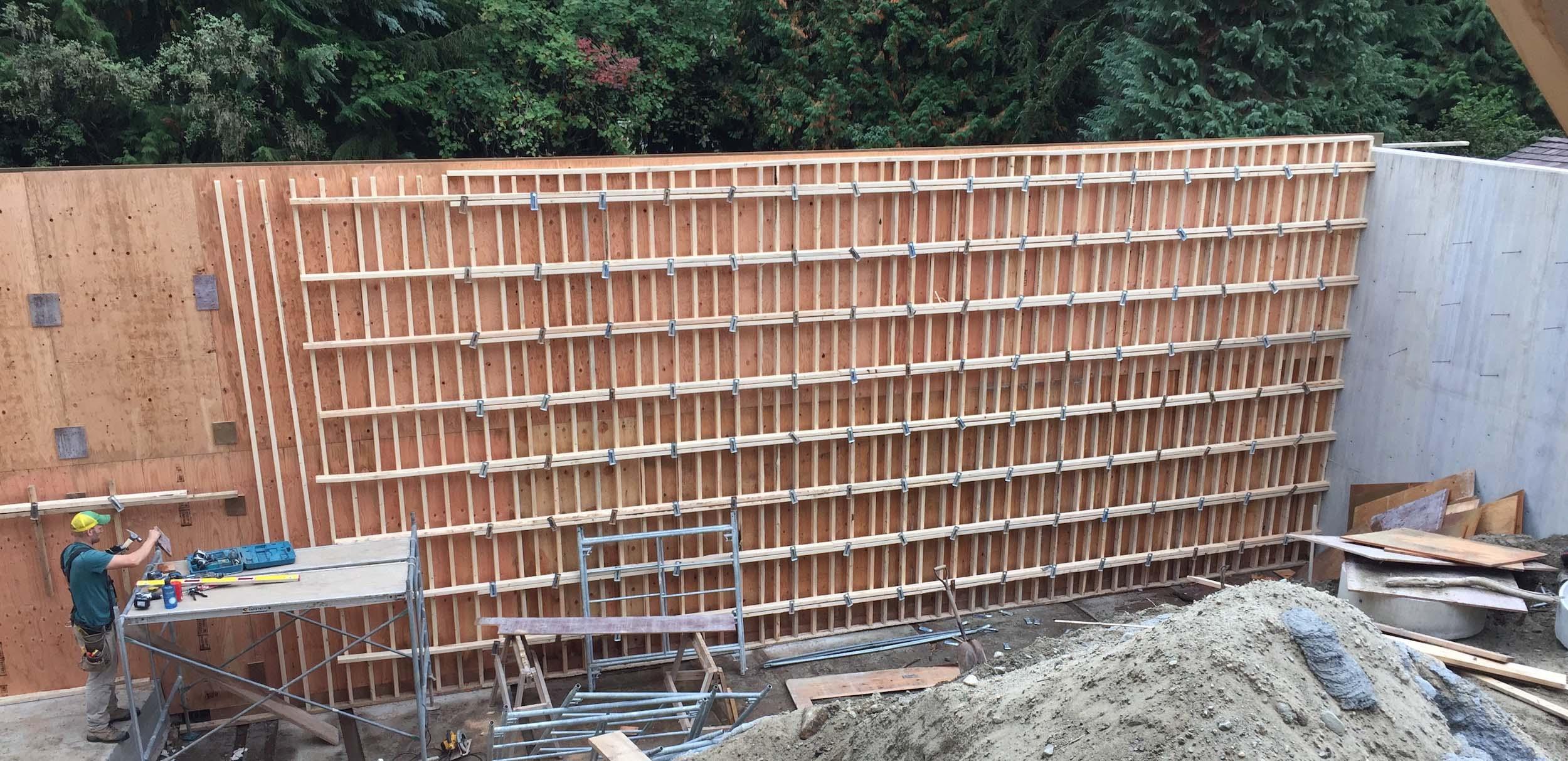 Postle_Construction_ConcreteForming11.jpg