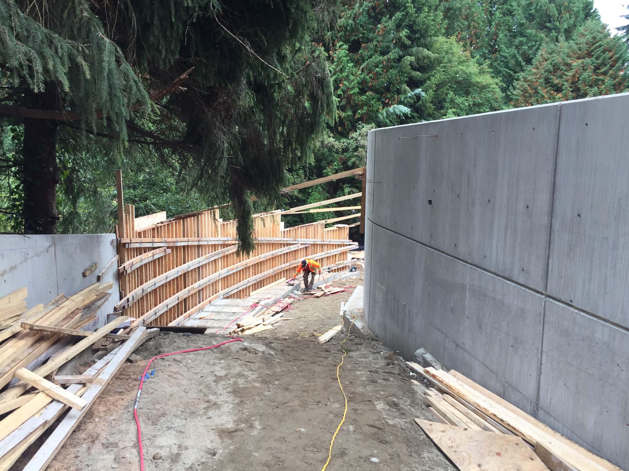 Postle_Construction_ConcreteForming12.jpg