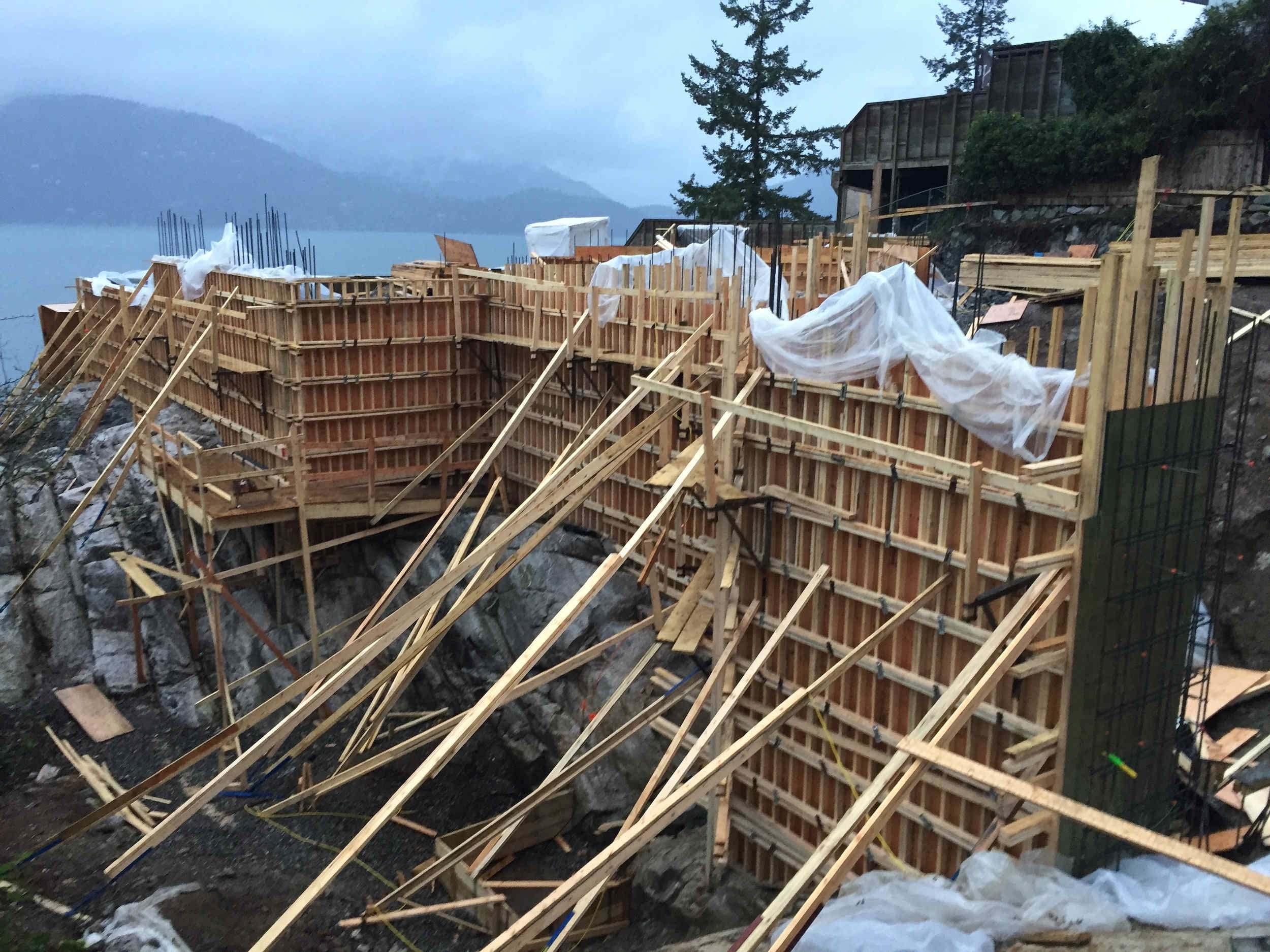 Postle_Construction_ConcreteForming14.jpg