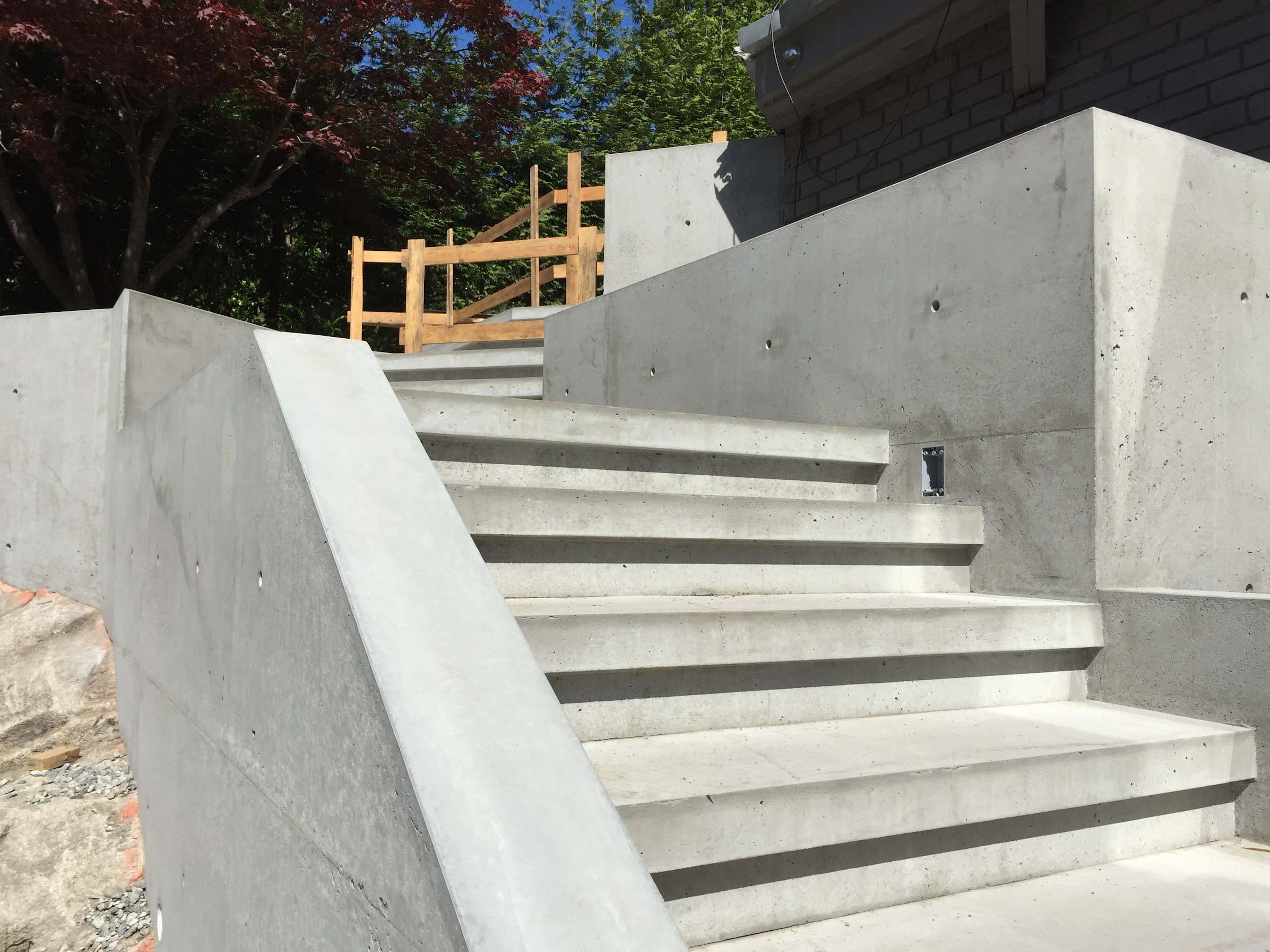 Postle_Construction_ConcreteForming27.jpg