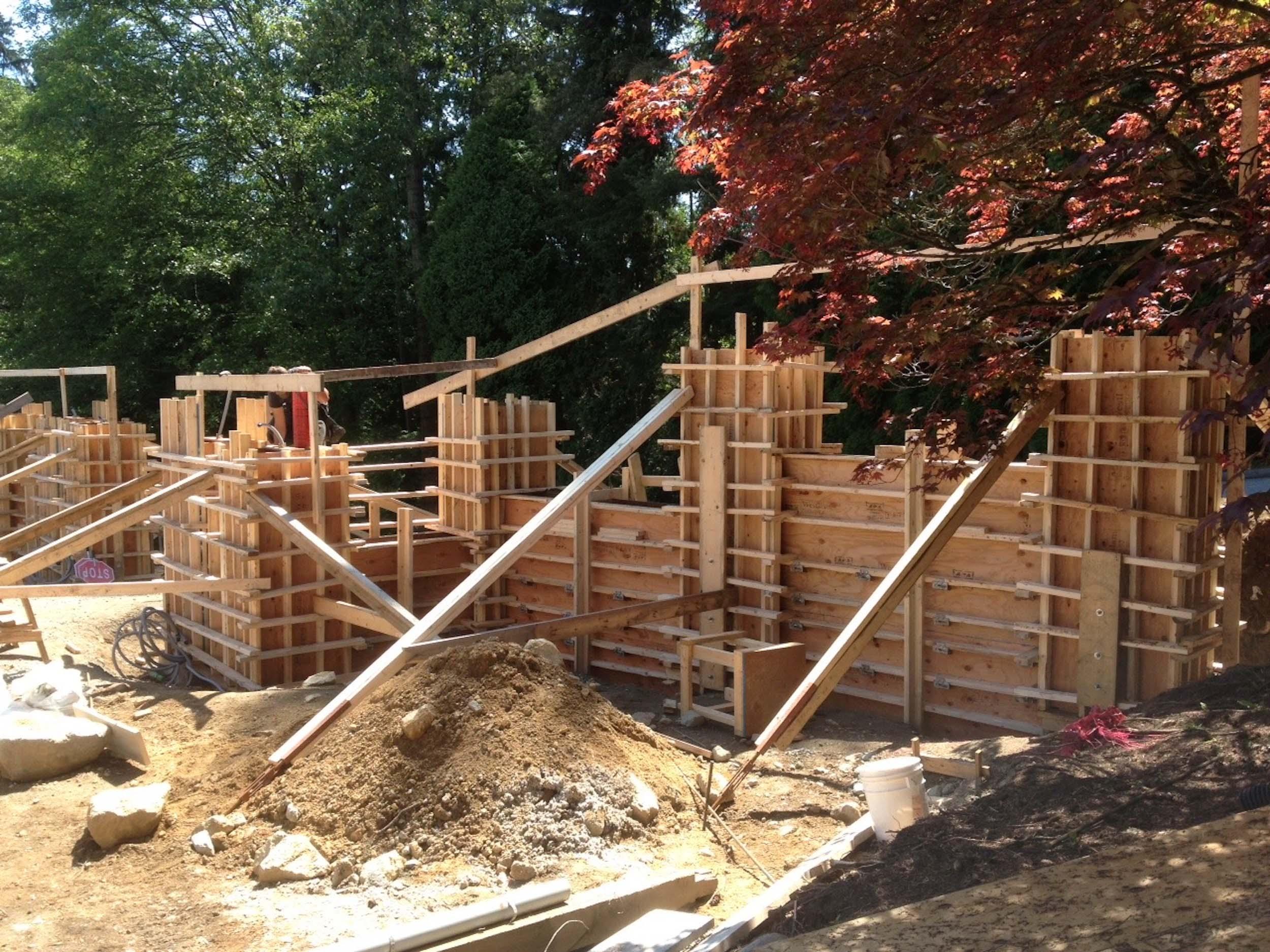 Postle_Construction_ConcreteForming36.jpg