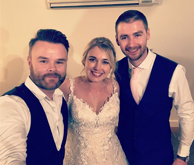 Just remembering another great wedding @farbridgeevents a couple of weeks ago. Absolutely wonderful couple Mr & Mrs Manning. Staff are awesome there too, thanks to Imogen for being ace!! #weddingsingers #farbridgeevents #farbridge