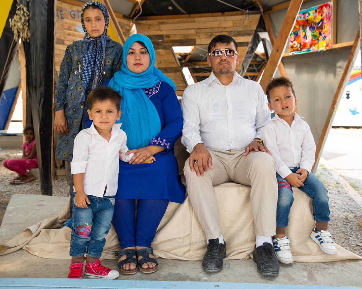 Family Portrait 07.jpg