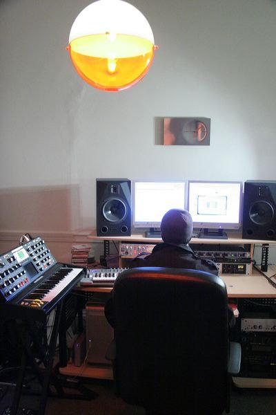 sean_studio_2007_7717.jpg
