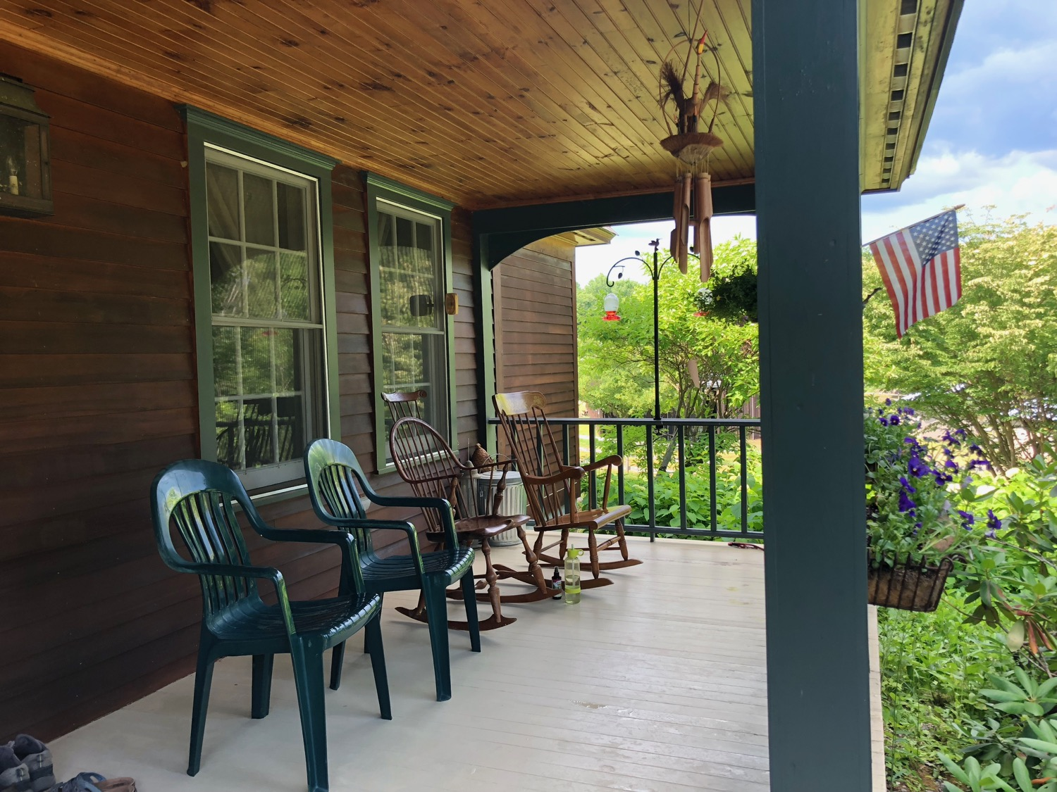 chairs-front-porch.jpg