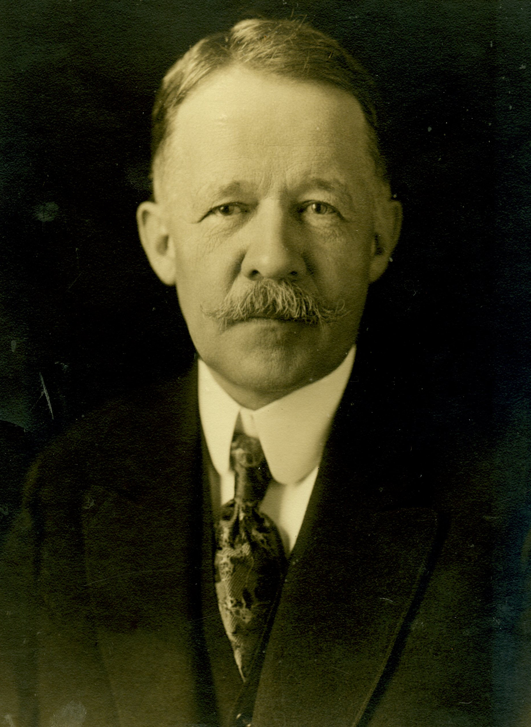 1899 - The Palisades Interstate Park Commission was established, and George Walbridge Perkins (pictured) was asked by Governor Roosevelt to Chair the Commission.Chairman George Perkins met with J. Pierpont Morgan and secured a commitment of $125,000 and an introduction to John D. Rockefeller, Sr.