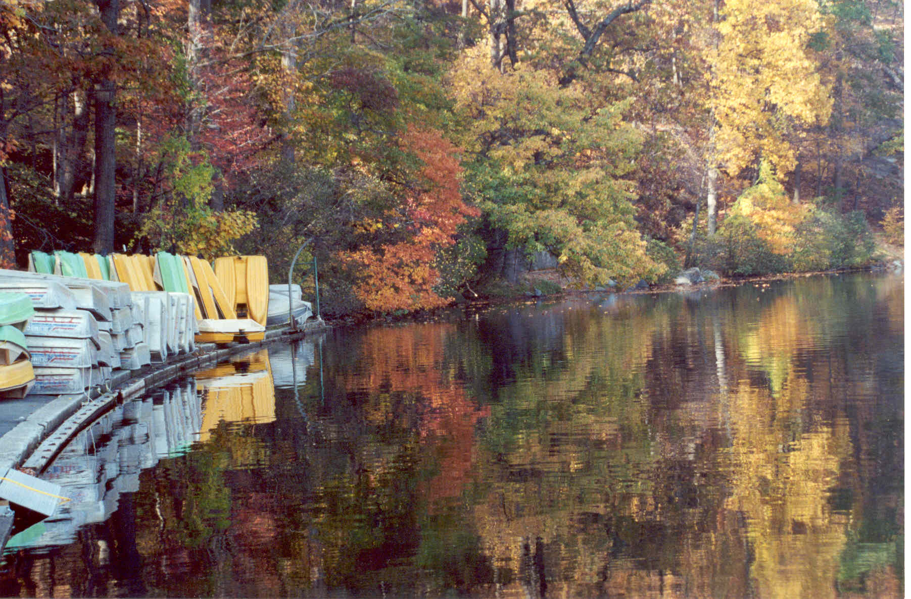 Hessian lake 2003 DF.jpg