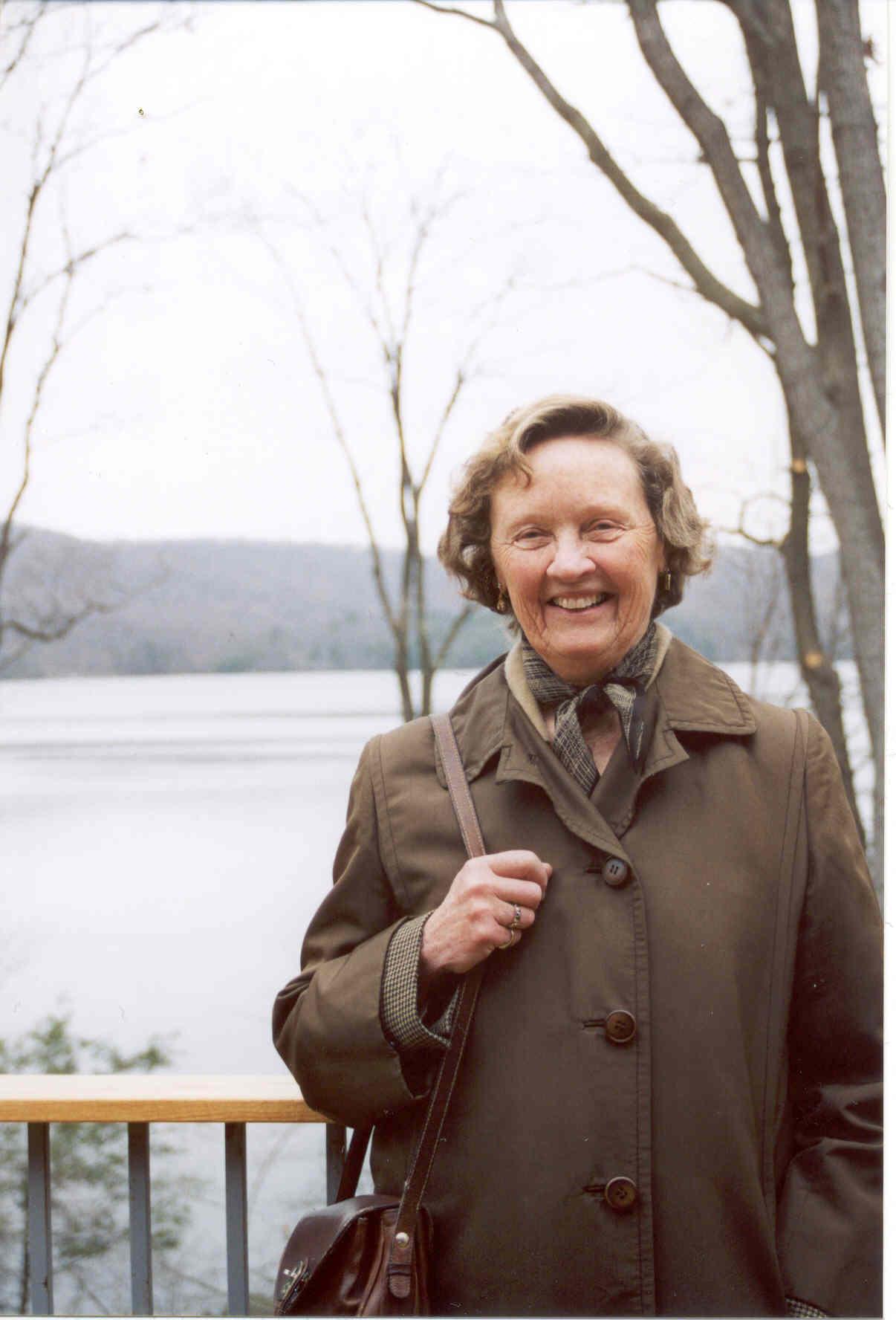 Anne Perkins Cabot 2003.jpg