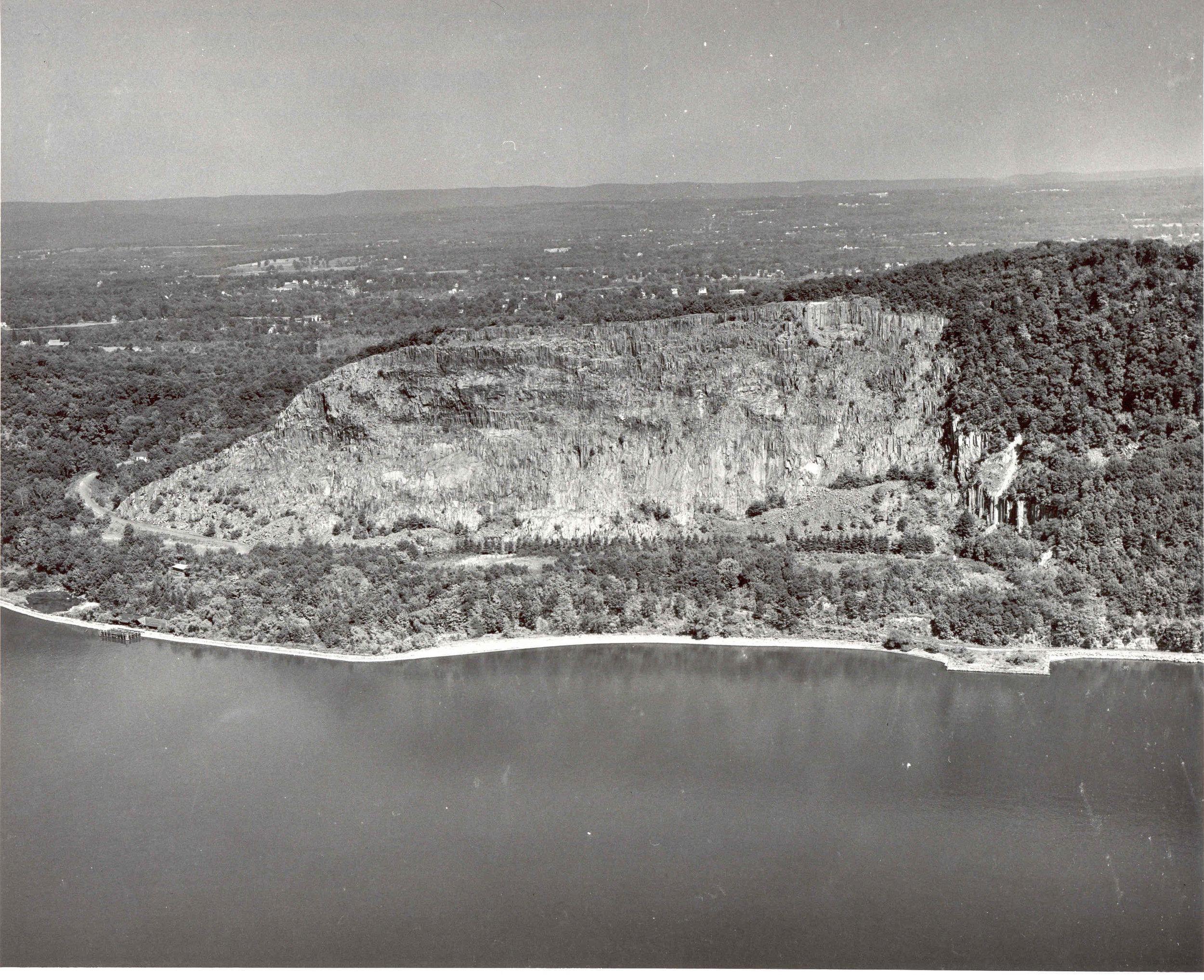 Hook Mountain Aerial August 1959.jpg