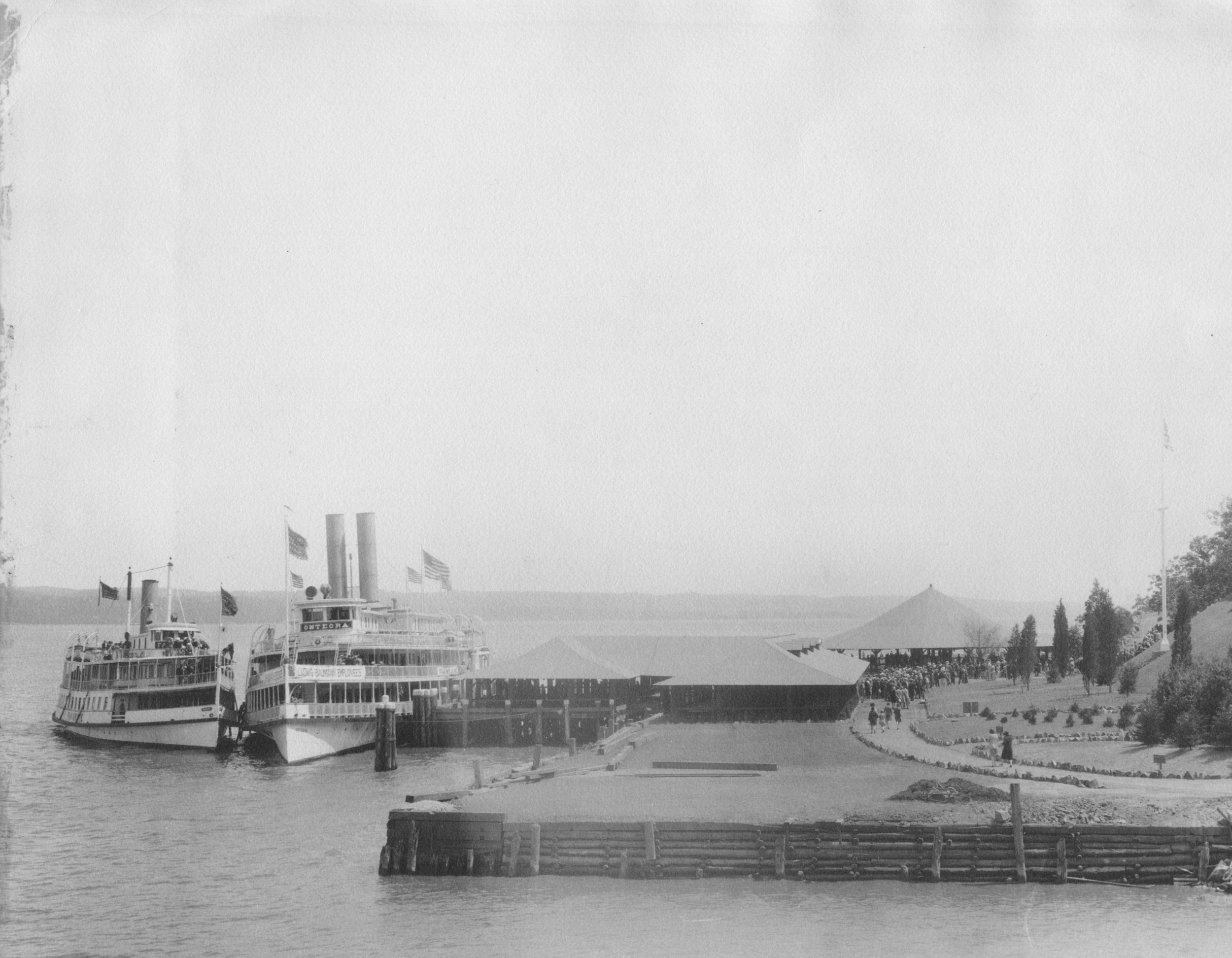 Steamboats at Hook Mountain.jpg