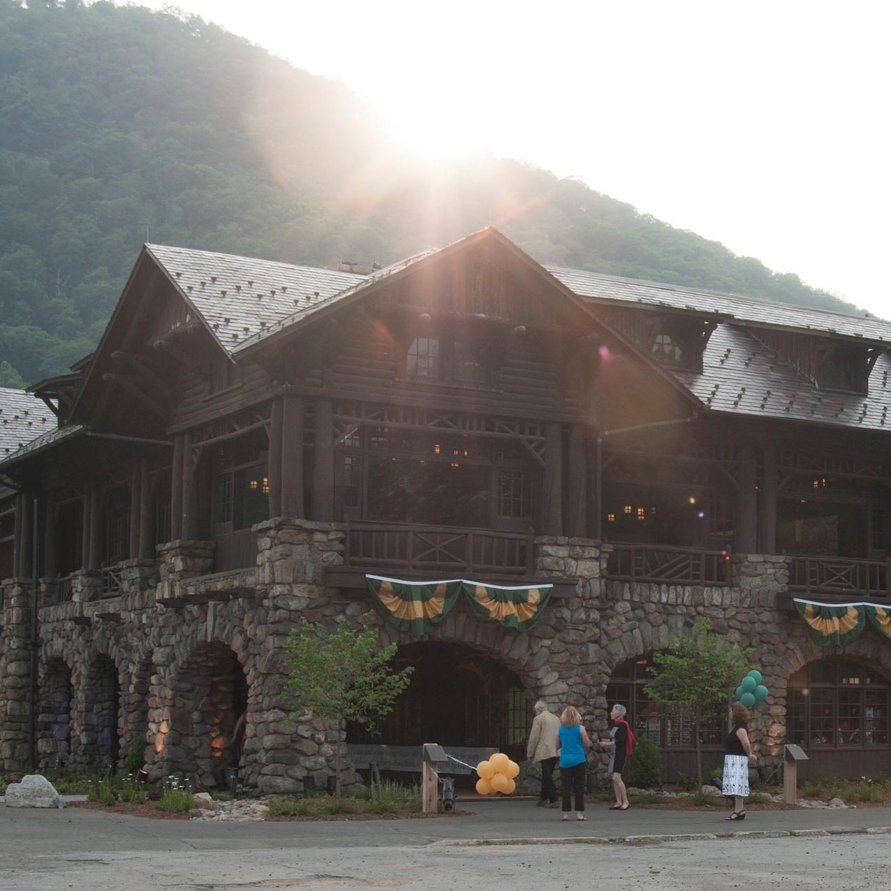 bear mountain inn -