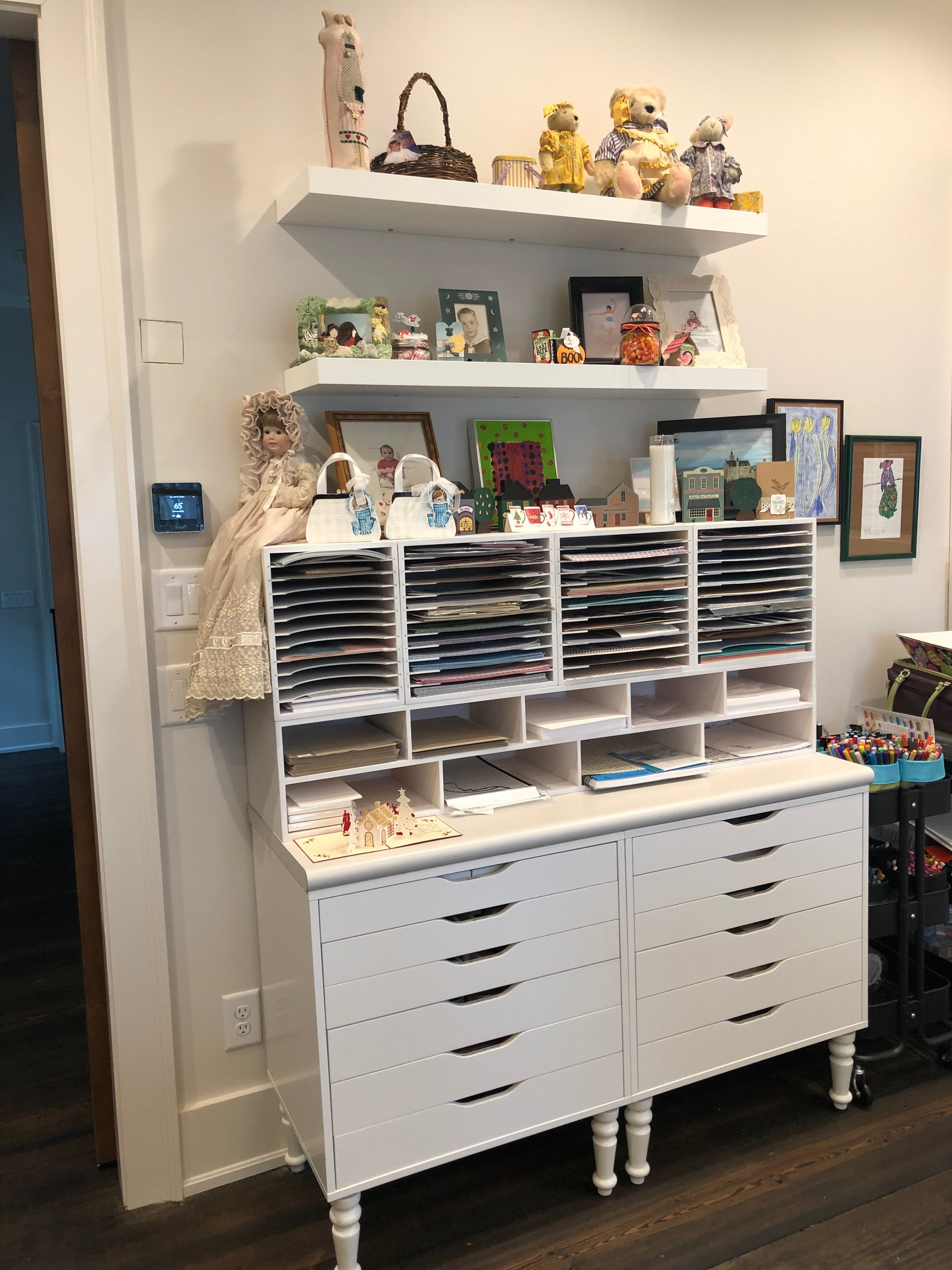 alex drawer unit with legs and paper storage above