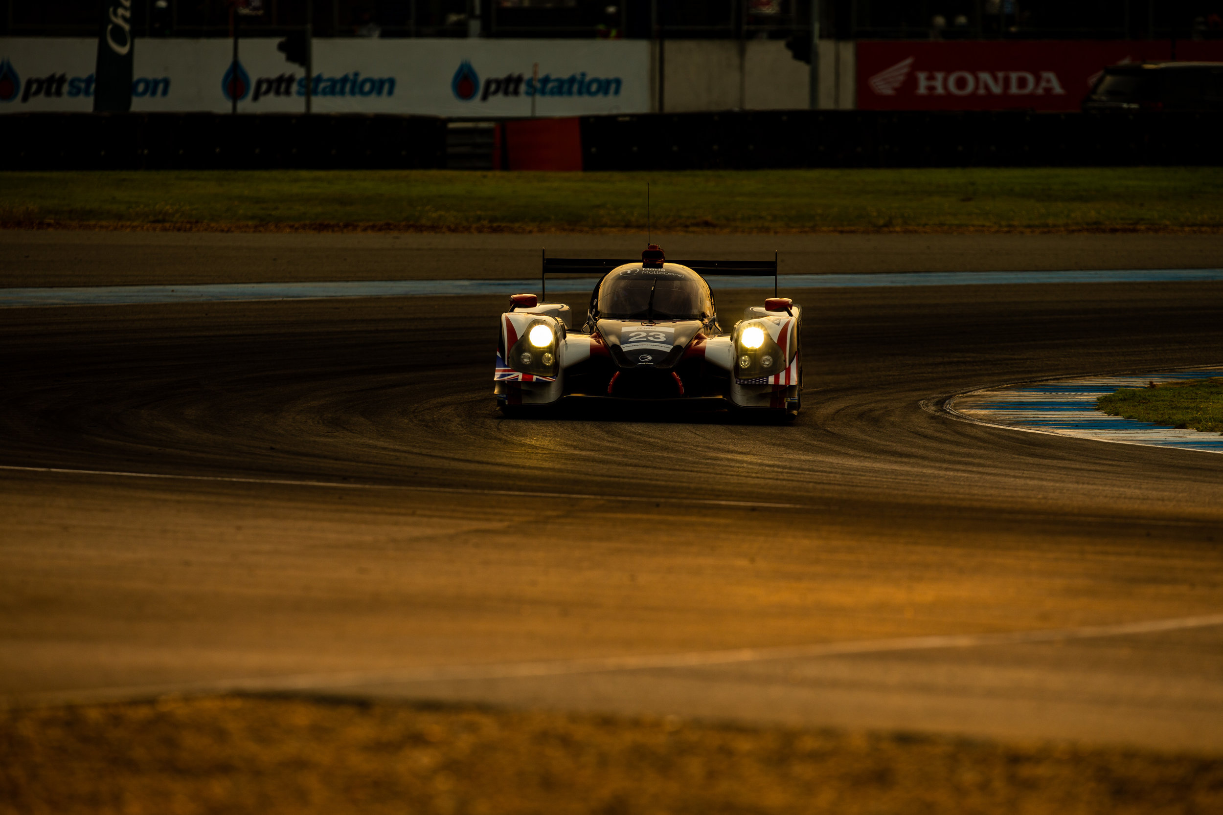lmp2-alms-strong-finish.jpg
