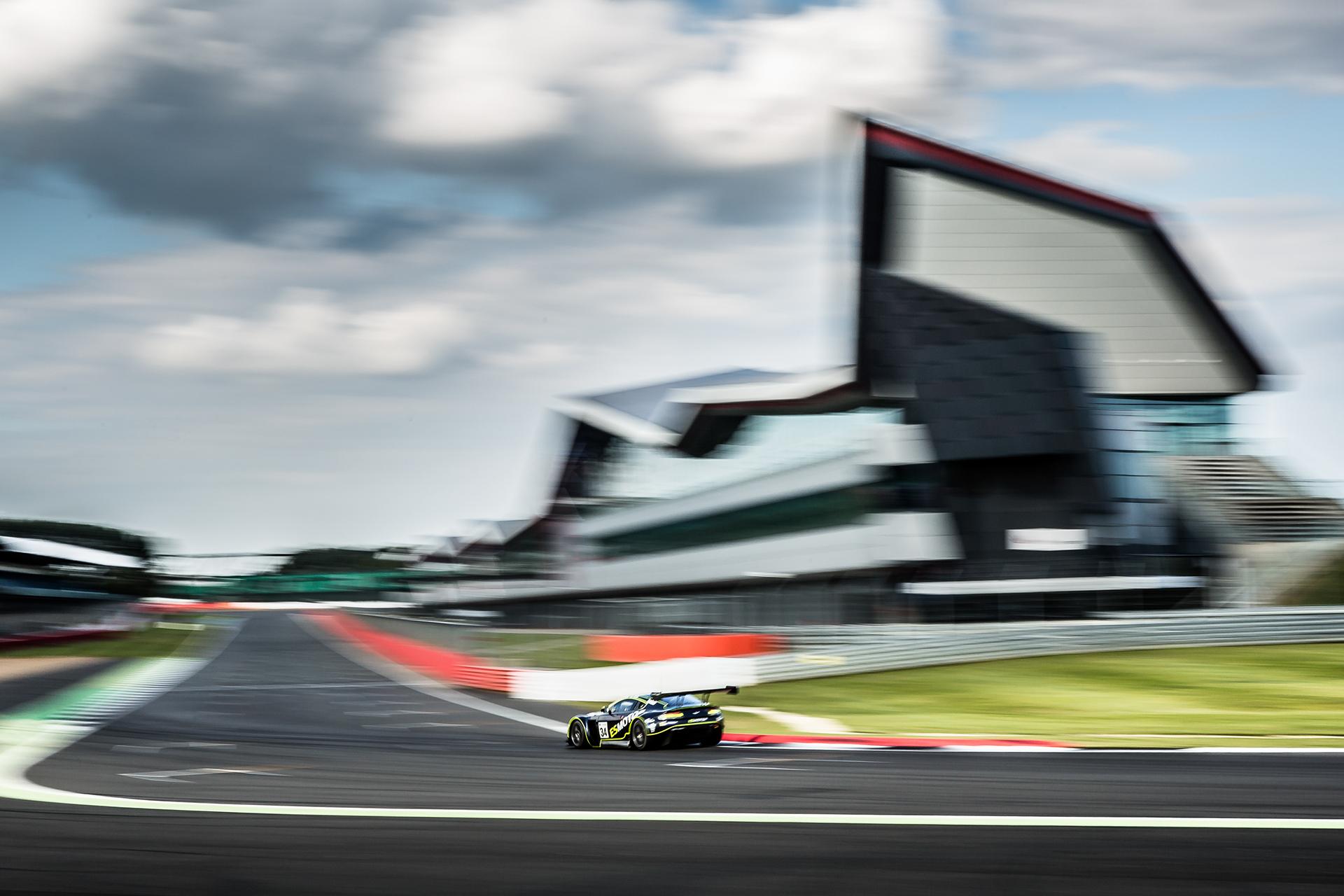 2016-IntGTOpen- Silverstone-50003.jpg