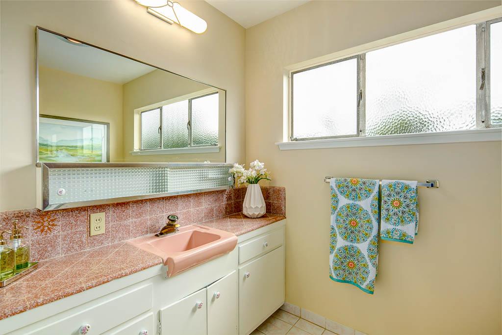 5301 Zadell Ave-MLS-022.jpg