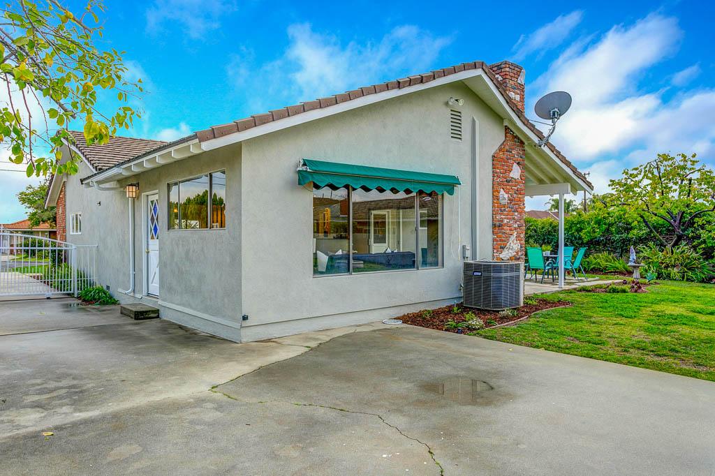 5301 Zadell Ave-MLS-028.jpg