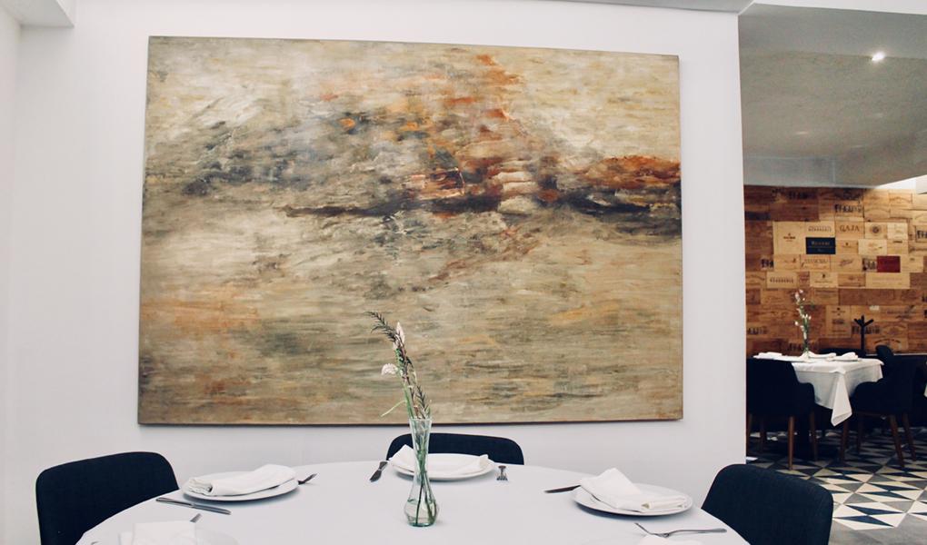 Irma Palacios - Irma Palacios nació en Iguala, Guerrero en 1943. Del '73 al '79 realizó estudios de pintura en la Esmeralda.En 1986 - 1987 le es otorgada la beca John Simon Guggenheim de Nueva York. Su primera exposición individual se lleva a cabo en La Casa del Lago de la Ciudad de México en 1980.
