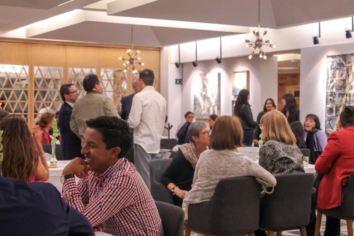 Eventos Privados en Restaurante Atalaya - Restaurante Atalaya pone a su disposición el espacio del salón para realizar eventos privados, adecuados al tipo de evento, número de invitados y servicios según sus necesidades.