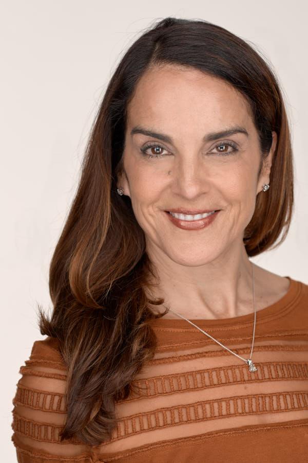 Janine Arietta, Owner JAS Interior Designs, woman headshot