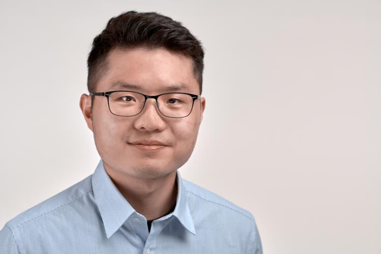 Morand Lau, Student, LinkedIn Headshots