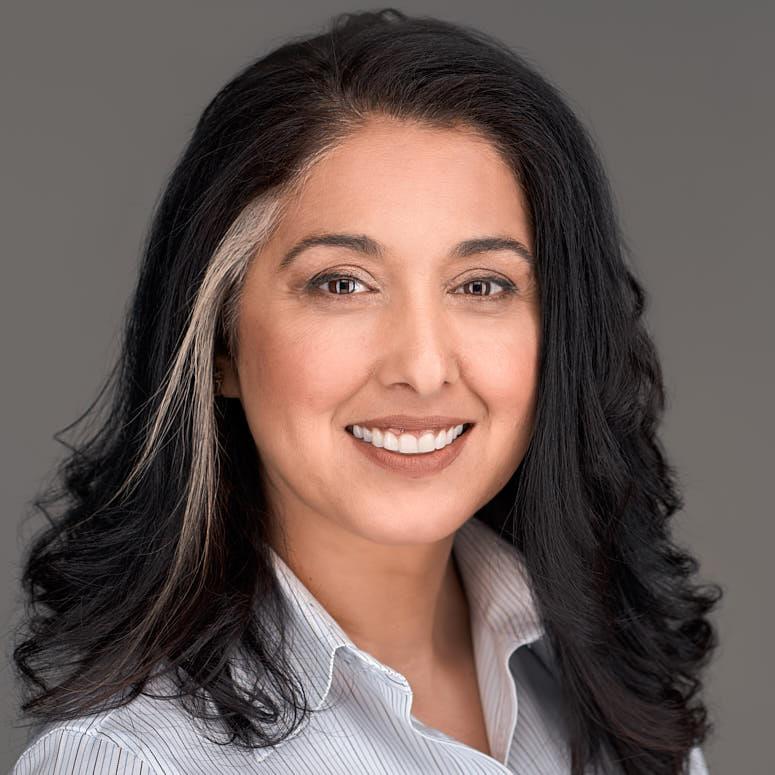 Shazia Gann, Testimonial, Womens Headshots,Professional Headshots