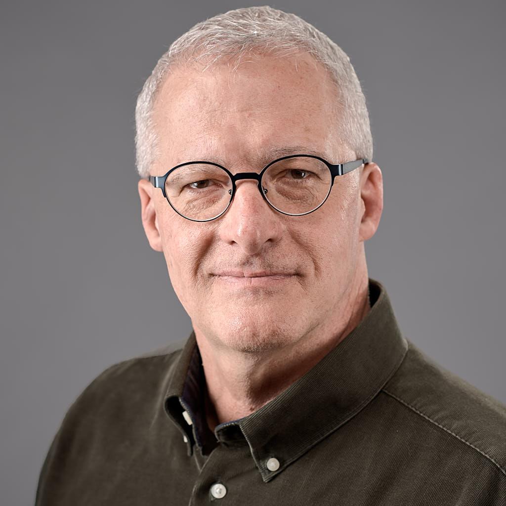 Sam Doying, Owner of Enduring Presence photographed at Professional Headshots Palo Alto, men headshot