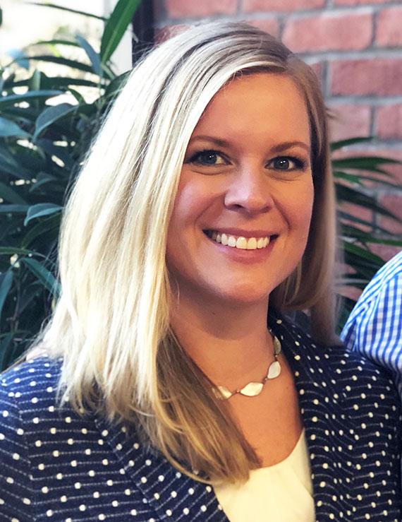 Dentist Sarah Carlson | Stillwater, MN