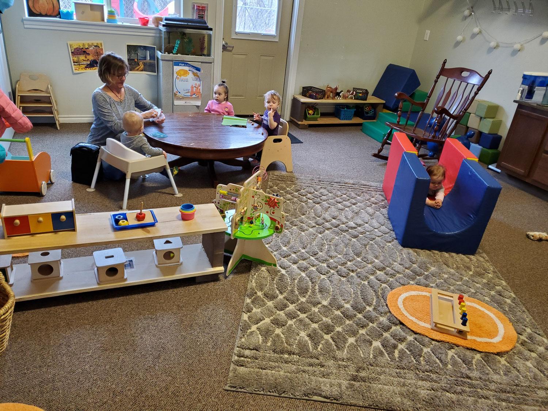 Smart-Kids-Montessori-Helena.jpg