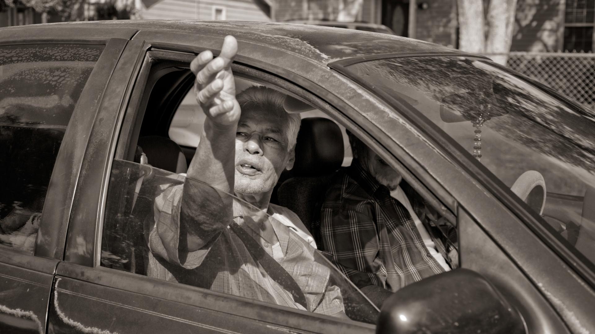 image5.handshake from car.jpeg
