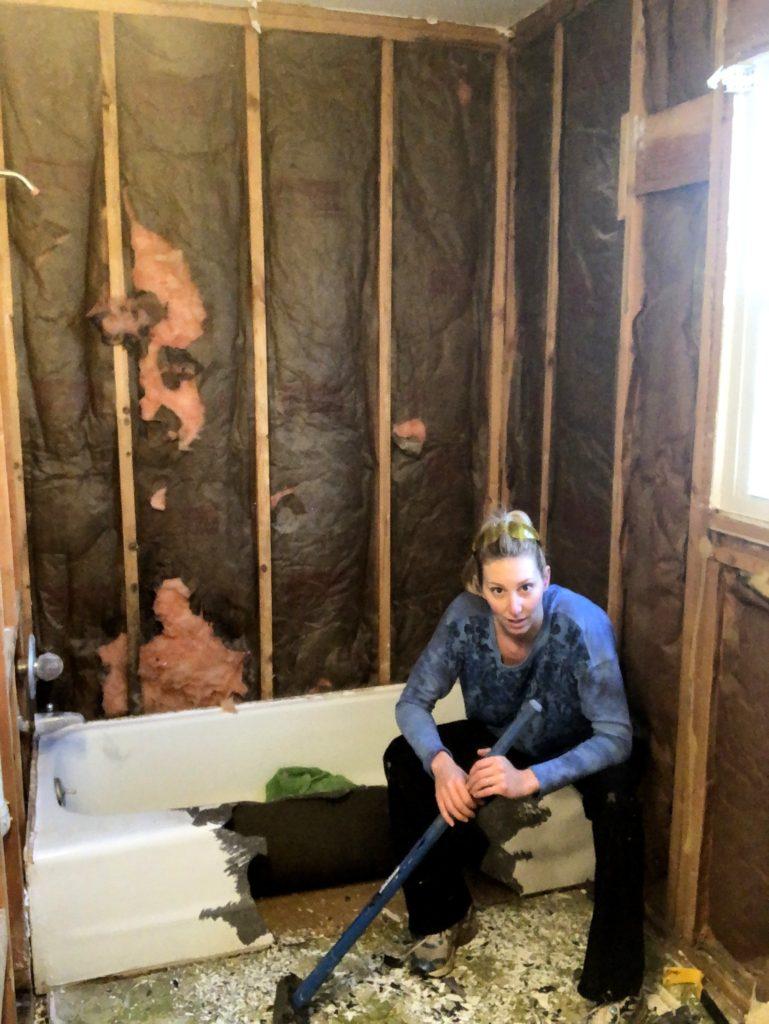 bathroom-renovation-cahllenge-jeffrey-Court-Always-Never-Done-week-2-06.jpg
