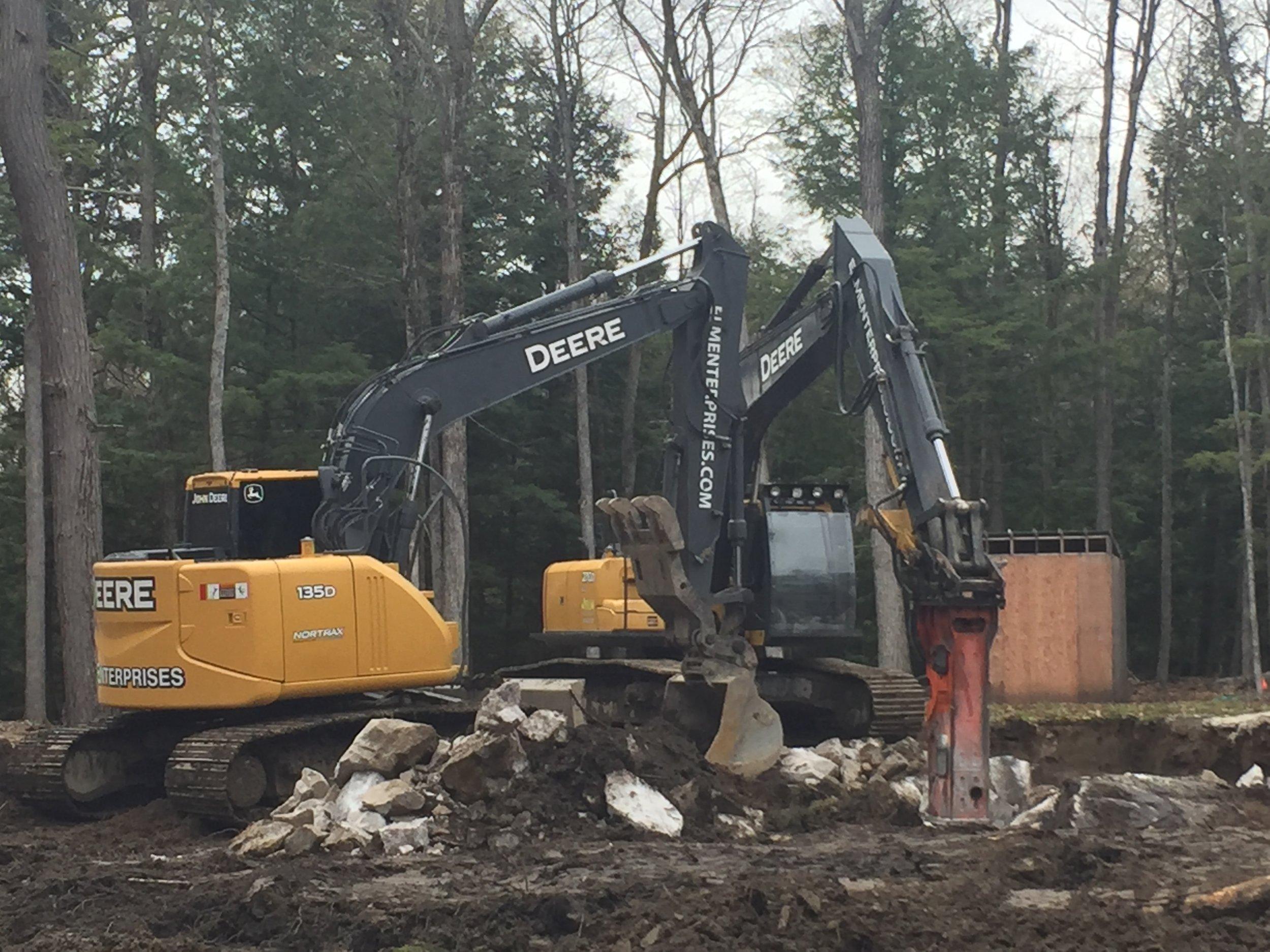 rock-breaking-excavators.JPG