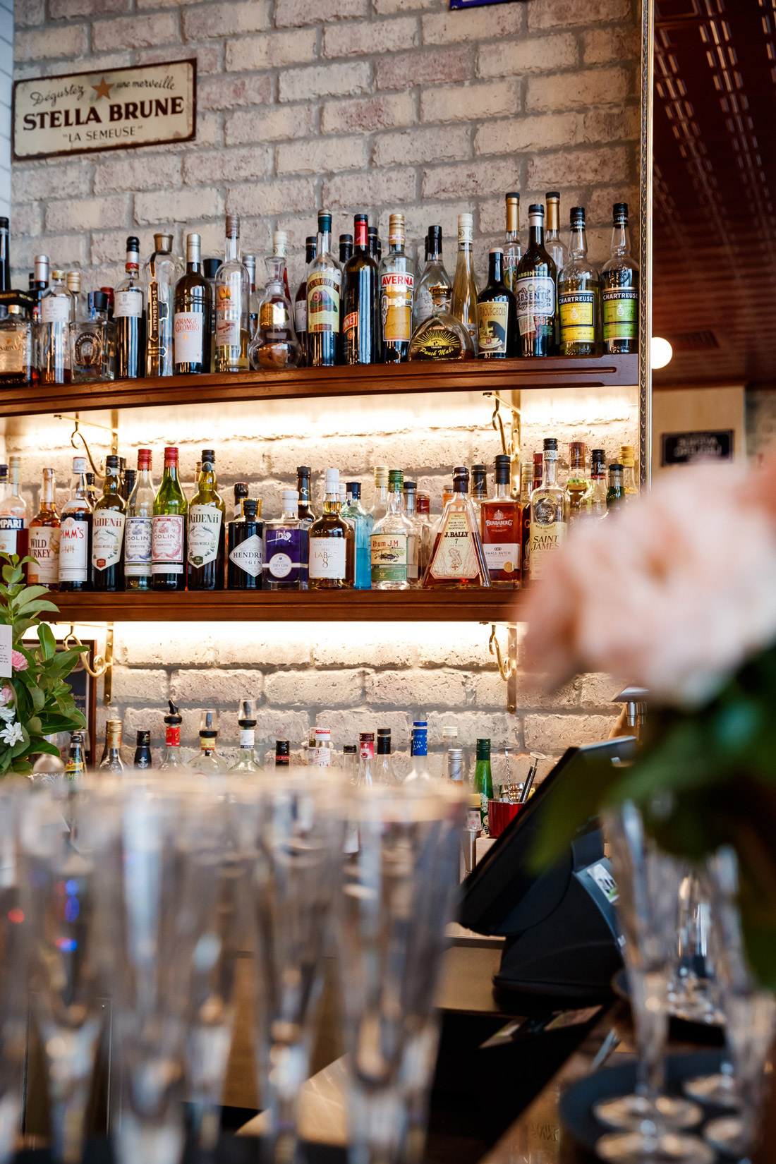 Montrachet+Bar
