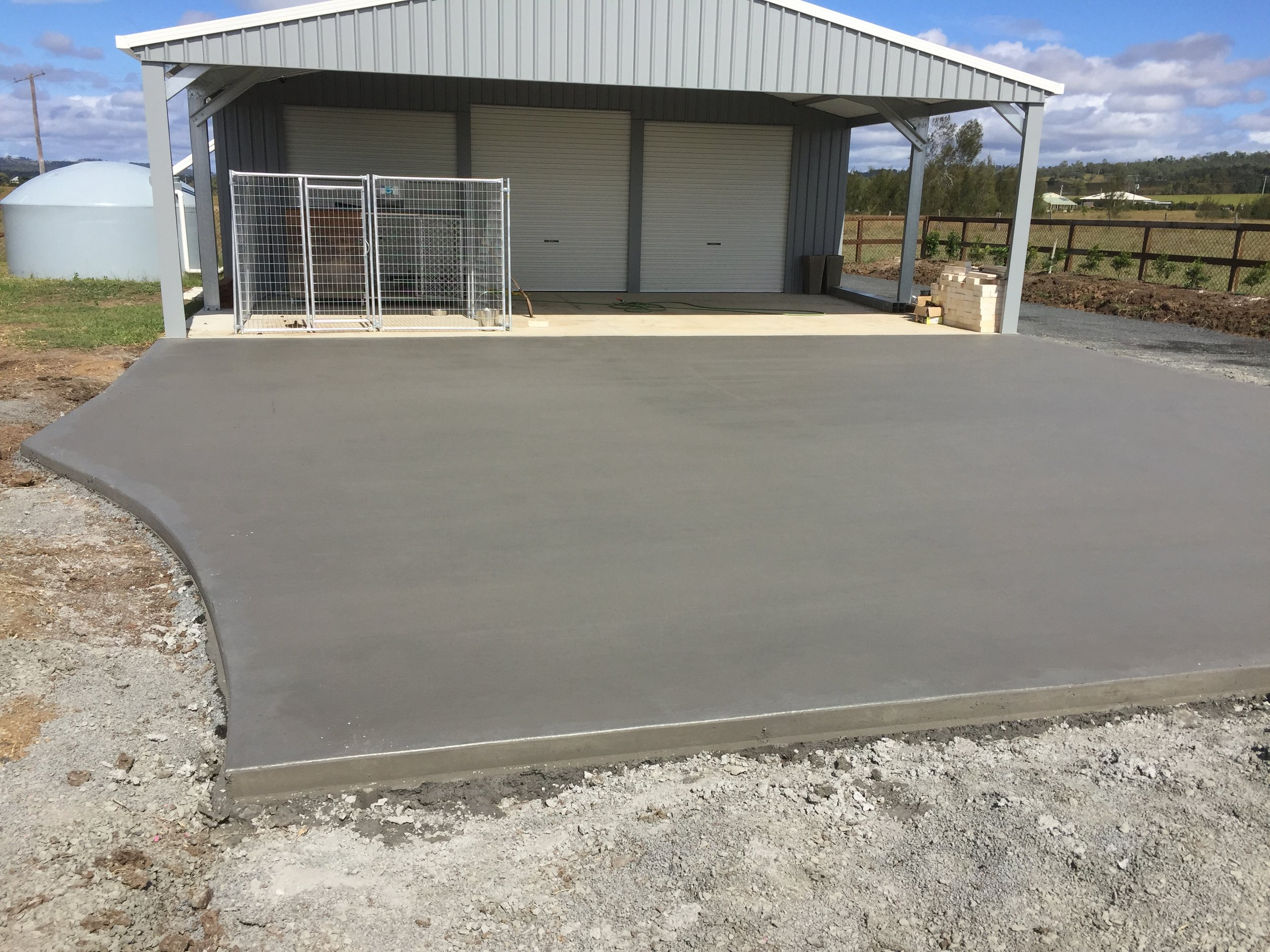 CONCRETING - We offer concrete services to clients all over Brisbane and Ipswich, concreting is a major part of what we do for our clients.