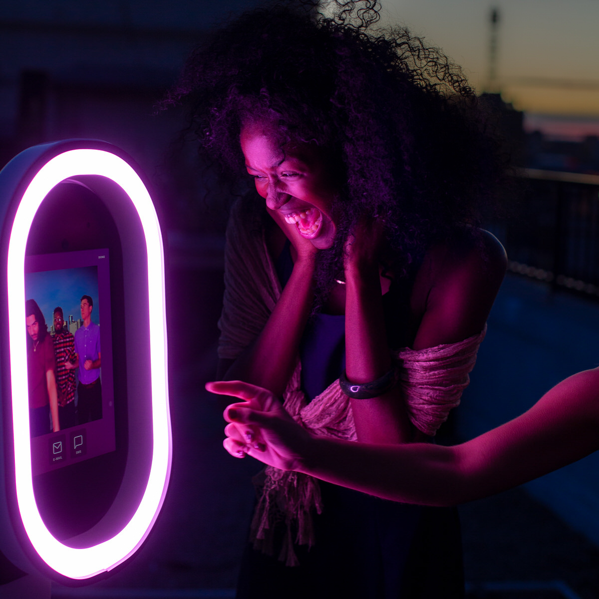 sturdy, futuristic design with loads of features, including filters and light effects that you can customize to your event theme. - $650 includes 2 hours with a photobooth attendant, set-up and break-down, instant delivery to smartphones, and a live gallery.