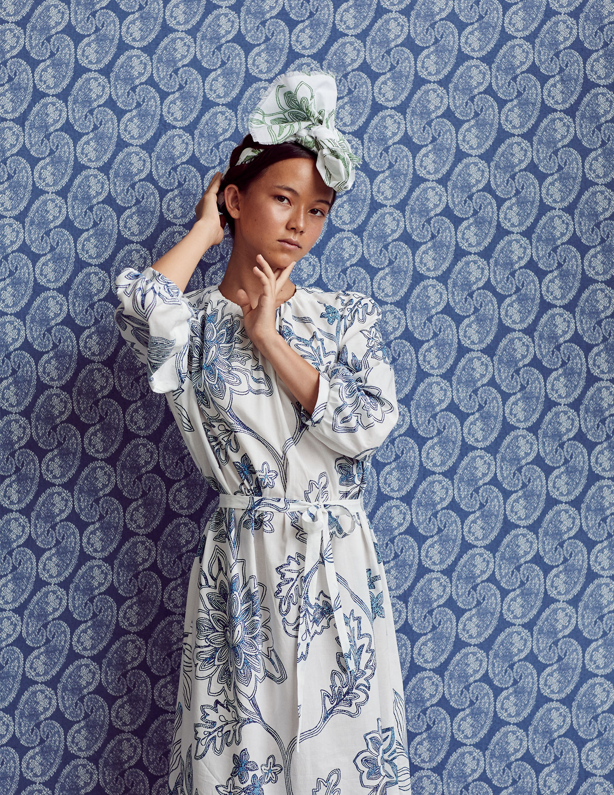 Wallpaper - Worn Paisley reverse in denim :: Fabric - Maharini's Garden in royal blue, custom printed on cotton poplin for this shoot.
