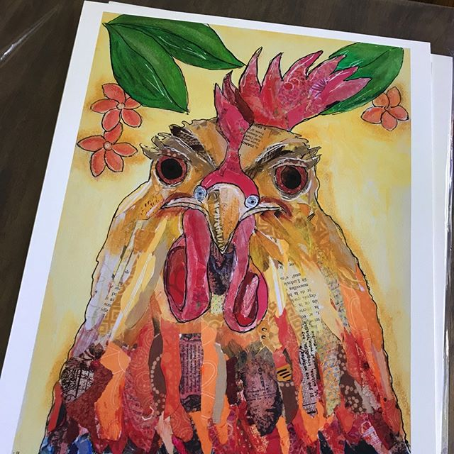 Say Helllo to my little friend. Key West Rooster by Sioux Falls artist Lee Ann Sanders. @bluelagoonartandjewelry How cute is he?  #Aplis_FineArtPrinting #Siouxfallsartists #Rooster #Fineartprinting #Giclees #Siouxfallsprinting #Keywest