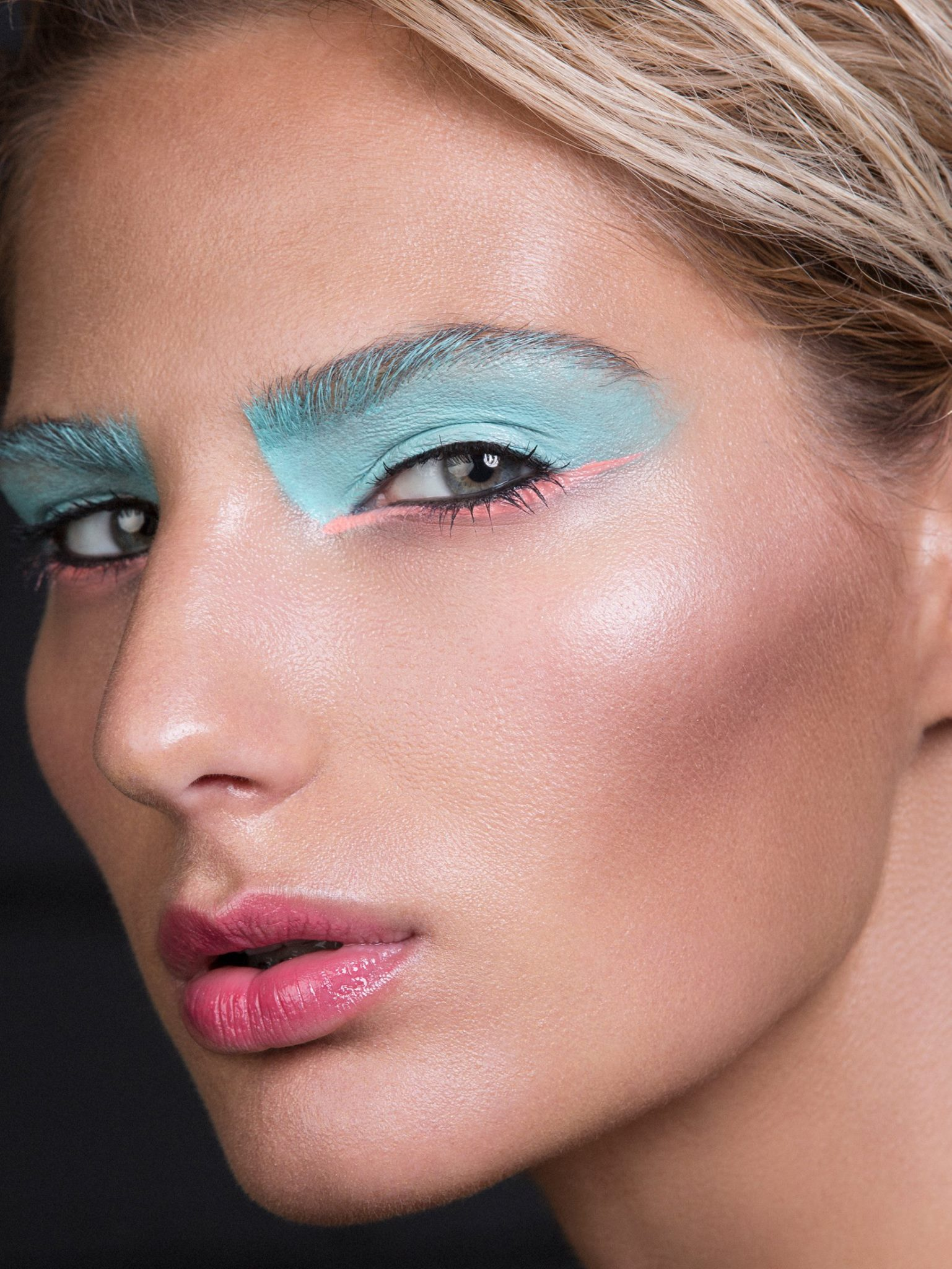 Beauty Makeup with Dewy Highlighted Skin and Blue Eyeshadow by Jaynelle Lording