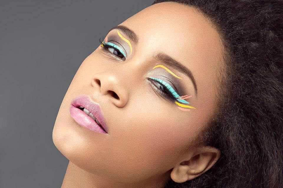 Natural Beauty Makeup with Glowing, Dewy, Highlighted Skin, Graphic Eyes. By Jaynelle Lording
