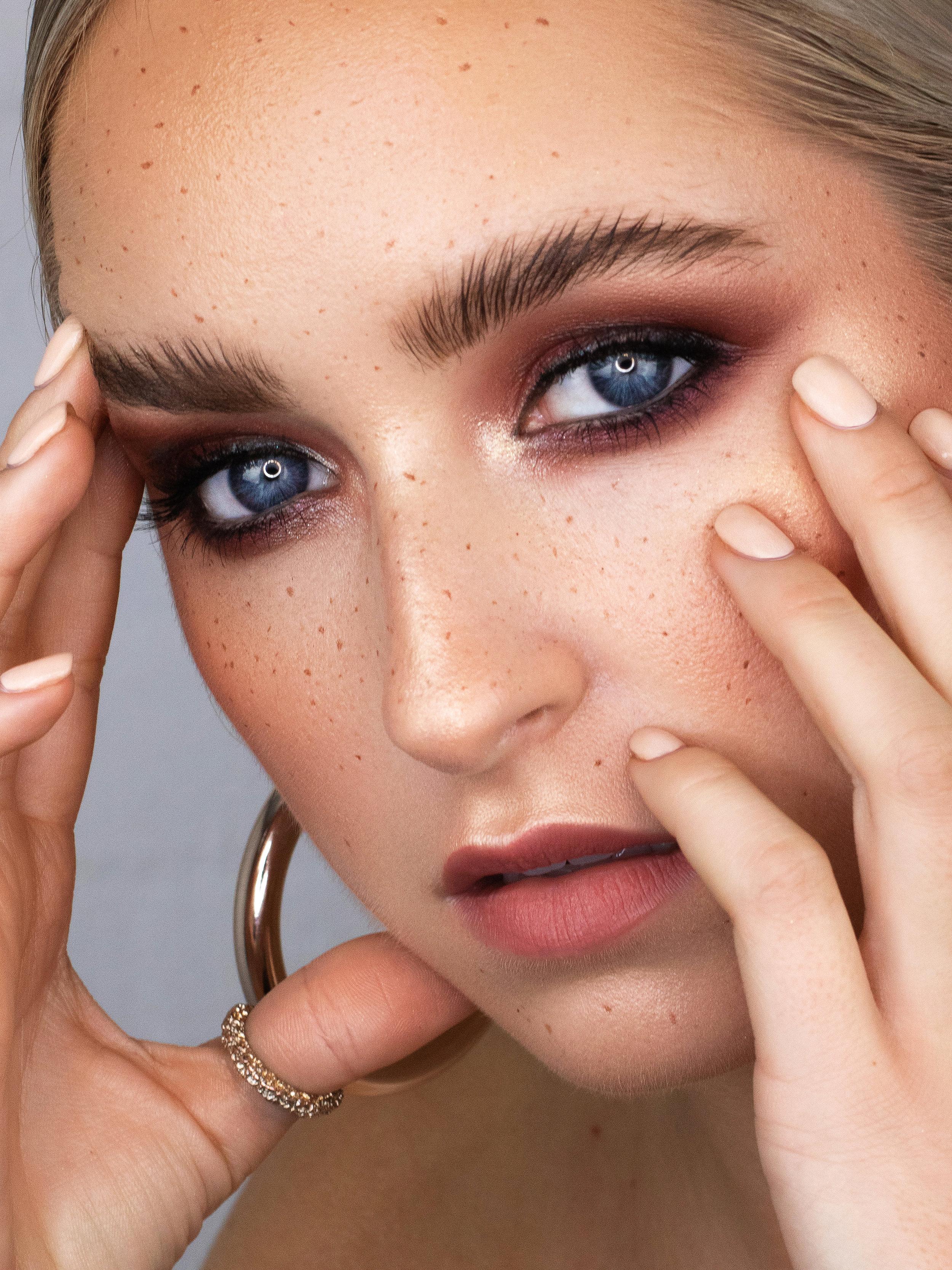 Estera Freckles 1.jpg
