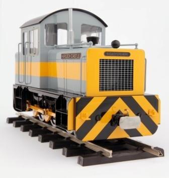 La  Harlech Casttle , avec moteur Bühler et module sonore, sera livrée en gris et bande jaune