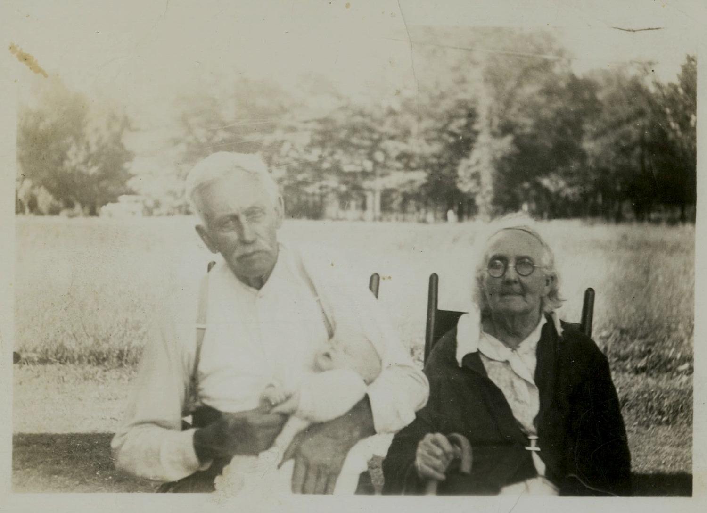 Elwin & Mary Green PeckA.jpg