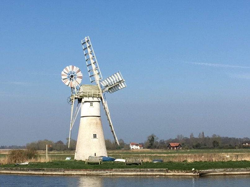 windmill-at-thurne copy.jpg