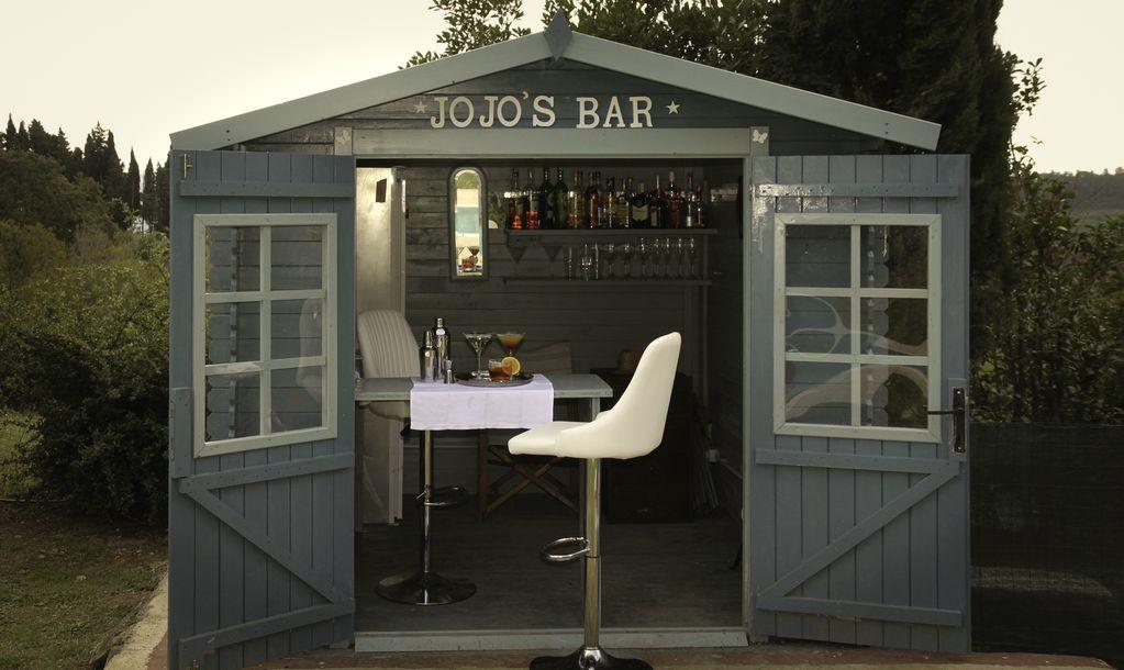 jo's bar2.jpg