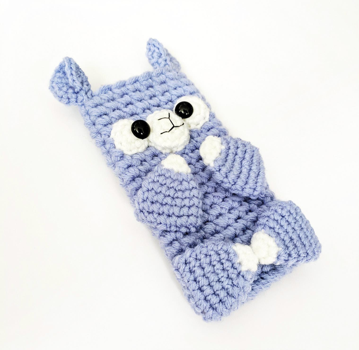 crochet-pattern-alpaca-phone-sleeve (2).jpg